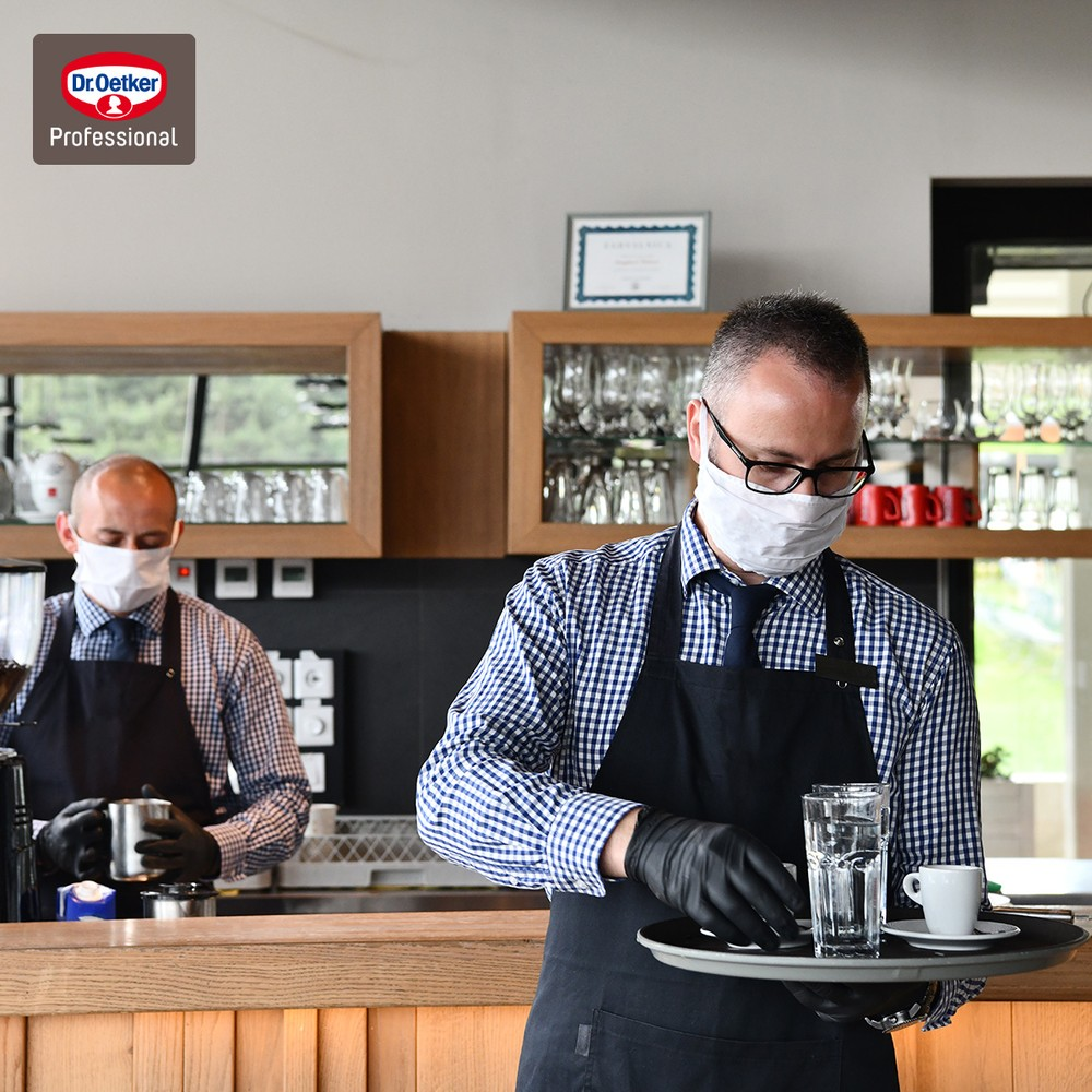 10 măsuri pentru protejarea personalului şi a clienţilor din restaurante